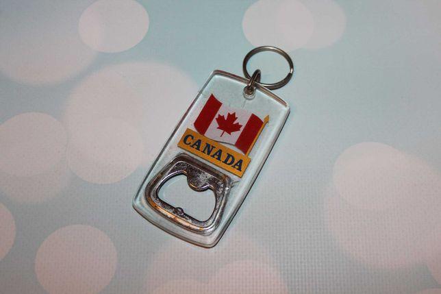 Брелок открывачка. Сувенир Канада