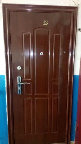 Продам 2-х комн. квартиру в центре Акимовки