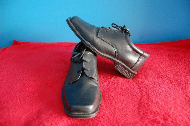 Buty eleganckie chłopięce roz.32 komunijne, wizytowe