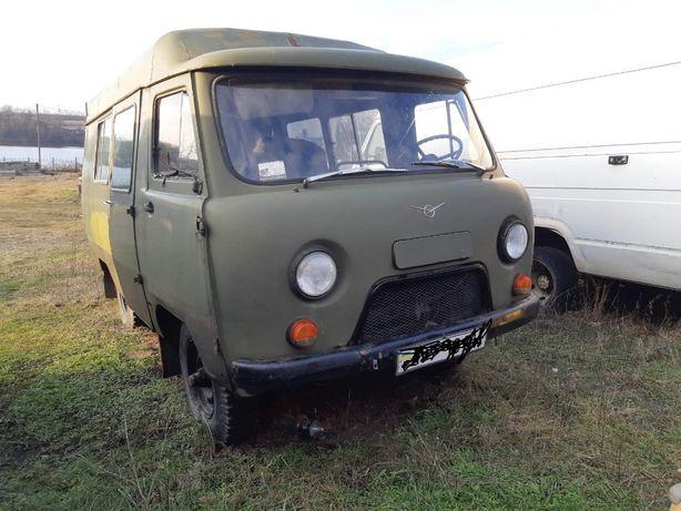 Продам УАЗ-452 пасажирський