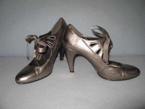 Класні мешти-туфлі, розмір 41 (стєлька 26,5 см), 50 грн.