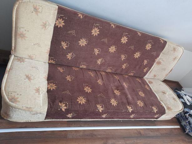 Kanapa- łóżko w dobrym stanie