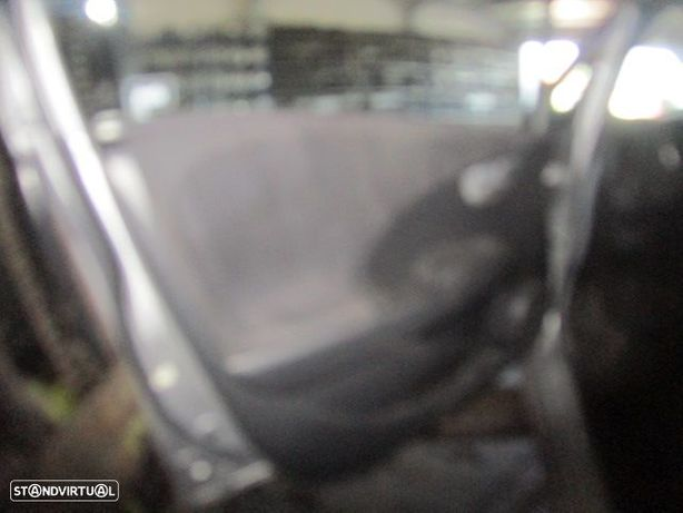 Carros 2705 MOT L13Z1 CXVEL CH4M HONDA / JAZZ 2 / 2010 / 1.4 i / MOT L13Z1 CXVEL CH4M /
