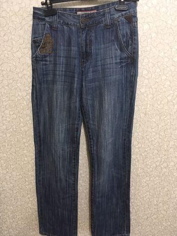 Продаются джинсы Denim на подростка