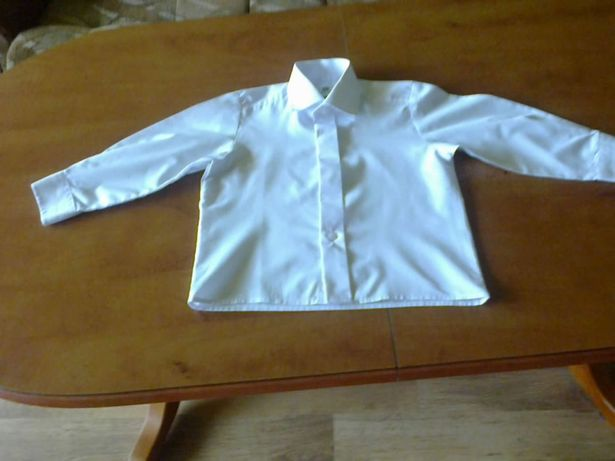 Elegancka koszulka chłopięca rozm.98 firmy Marconi