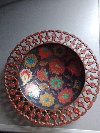 Продам тарелку, латунь Индия изготовлена в 70-80 г.