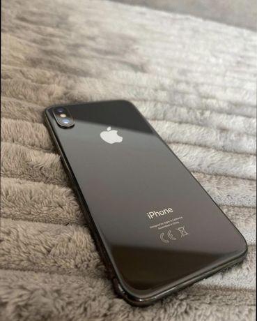 Iphone X 64gb czarny z zestawem stan jak nowy