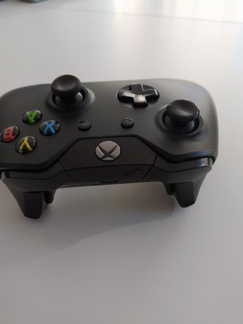 Pad Xbox one bezprzewodowy