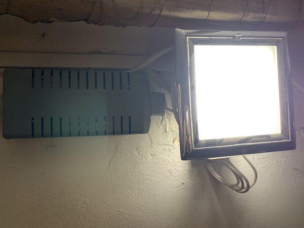 Lampa z transformatorem