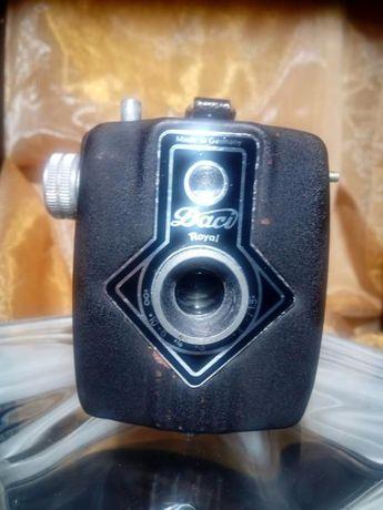 "Máquina fotográfica vintage ""Daci Royal Flash"""