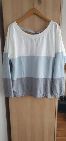 sweter w kolorowe pasy