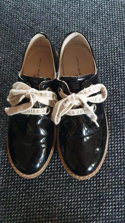 Buty trapery lakierowane Derby Zara rozm.32