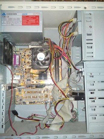 Материнская плата Asus P4S800-MX SE рабочая с процессором