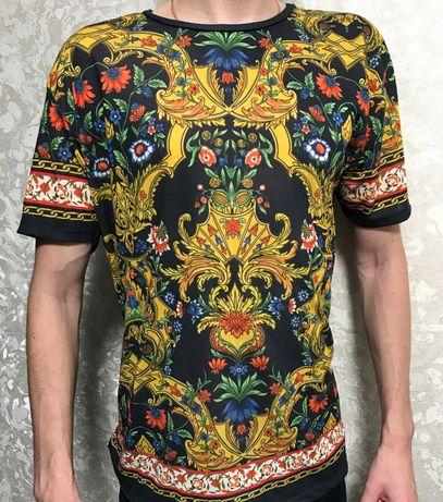 футболка zara с крутым рисунком на весну-лето
