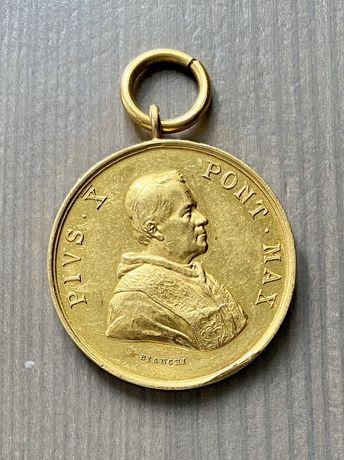 Złoty Medal Benemerenti Pius X Bianchi
