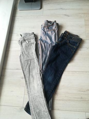 Spodnie roz 128