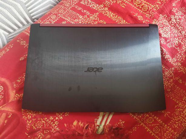Продаю игровой ноутбук aser nitro a5