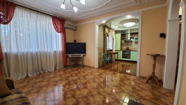 лушко 2 комнатная 70 метров с кухней студией