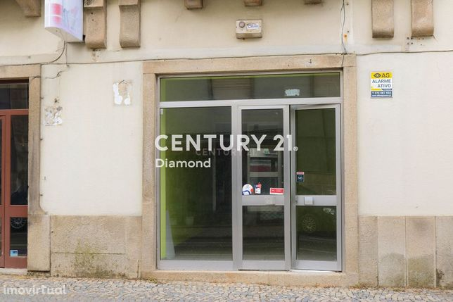 Aluga-se loja no centro da cidade de Castelo Branco