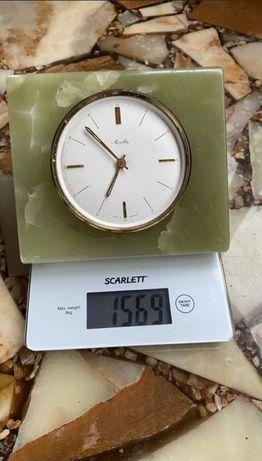 оникс механика (механические часы) каминные / настольные часы
