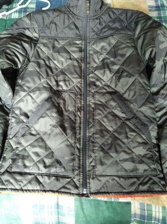 Vendo casaco de caça novo,nunca foi usado,cor camuflada!