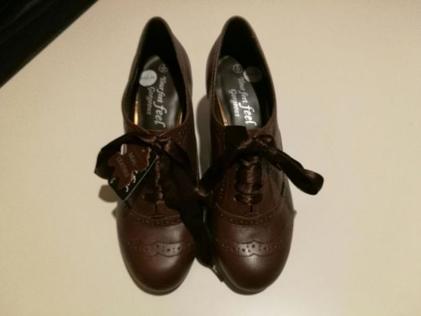 Brazowe skorzane buty na obcasie wiazane na jesien 37 nowe! New look