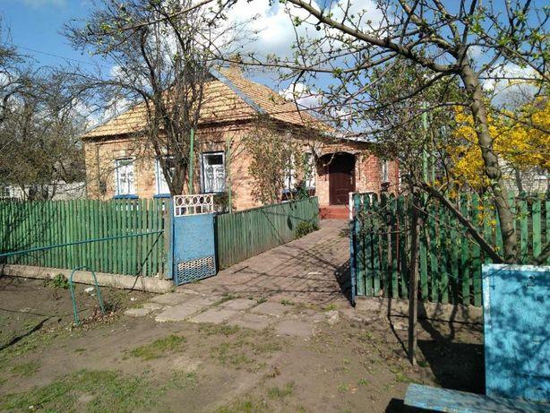 Срочно продается 5-ный кирпичный дом в с.Вольное