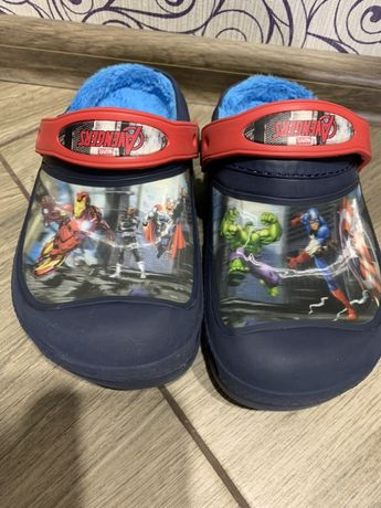 Оригинал Crocs Avengers Marvel J1 (20,4 см)