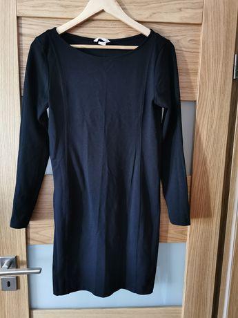 Czarna sukienka, rozmiar M