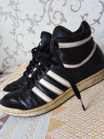Кросівки шкіра, кроссовки, ботіночки, Adidas, 37р,       осінь - весна