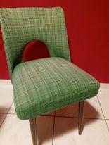 Sprzedam 4 krzesła - 115 zł za sztukę