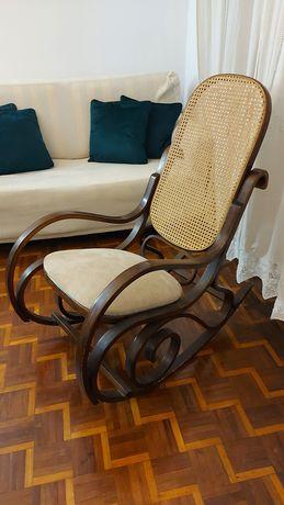Cadeira de baloiço - Restaurada