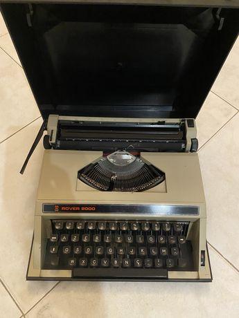 Máquina de escrever antiga Rover 2000