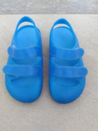 Босоніжки босоножки сандалі.