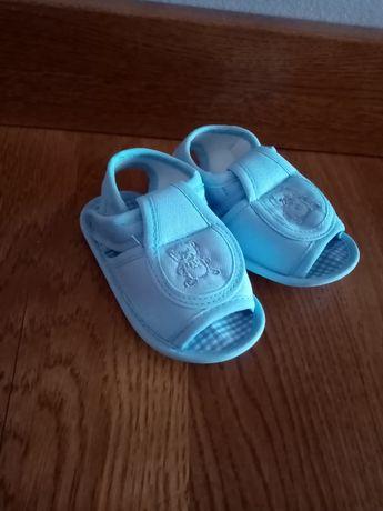 Sandały niechodki dla chłopca
