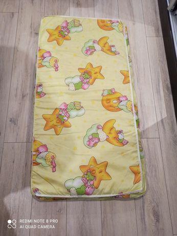 Матрас в кроватку, съемный чехол.