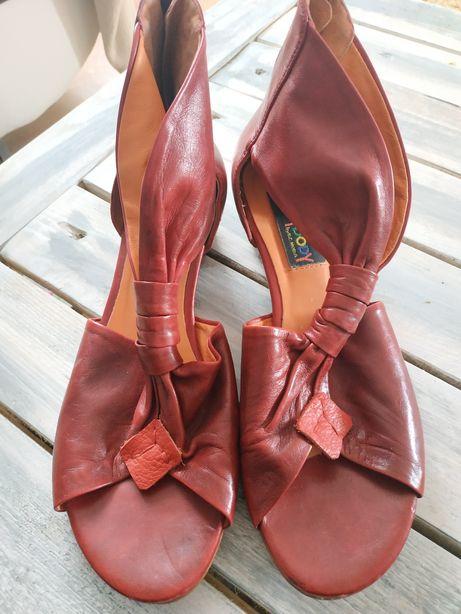 Sandały sandałki 39,5 Everybody MARKOWE