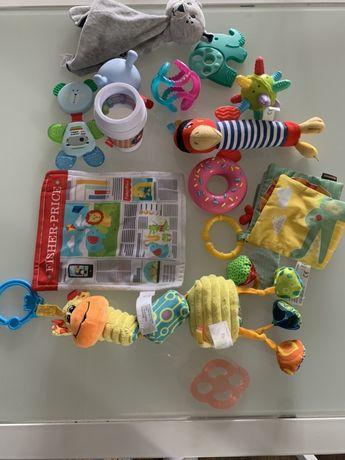 Komplet zabawek gryzaków