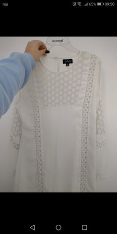Biała prosta sukienka