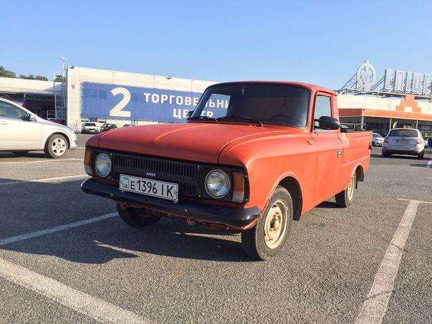 Авто ИЖ 2715