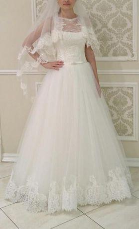 Продам свадебное платье (размер S)