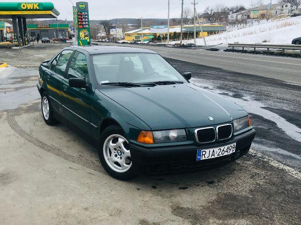 Продам BMW e36 318i