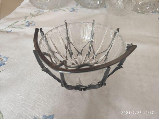 Cukierniczka kryształowa , srebrny koszyk, PRL