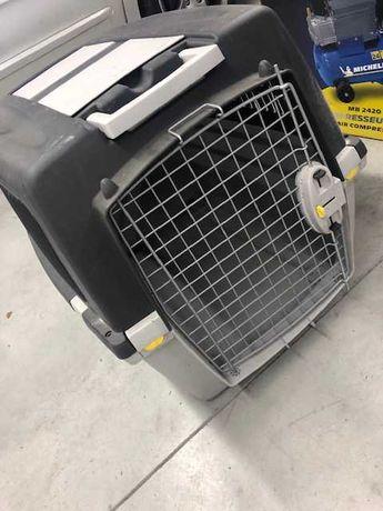 Caixa Transportadora Cães. Modelo Gulliver 5. Aprovada pela IATA.