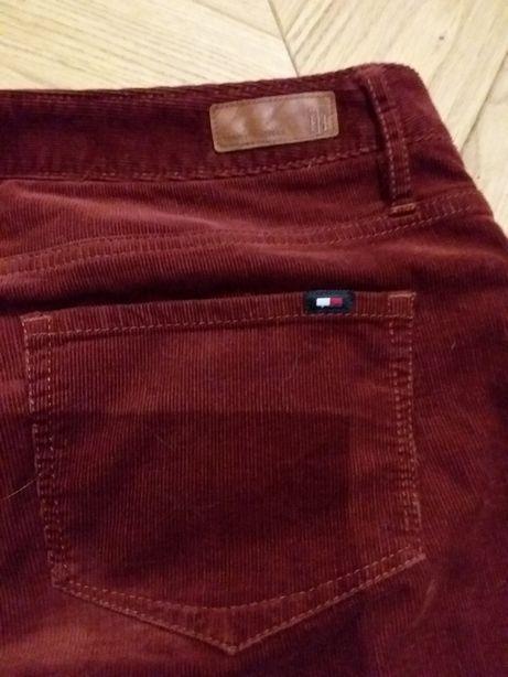 Spodnie sztruksy kolor bordowy Tommy Hilfilger r.36