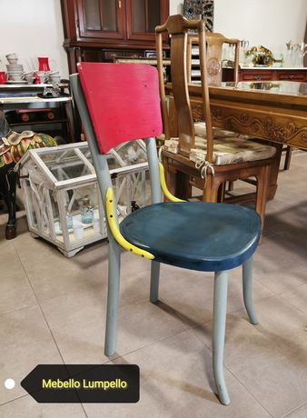Krzesło gięte stare dekoracyjne malowane