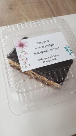 Podziękowanie dla gości, personalizowane pudełko
