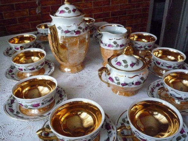 Чайный фарфоровый сервис на 12 персон