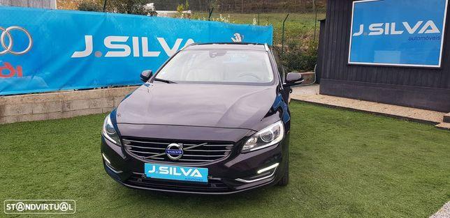 Volvo V60 2.4 D6 Plug In AWD Summum