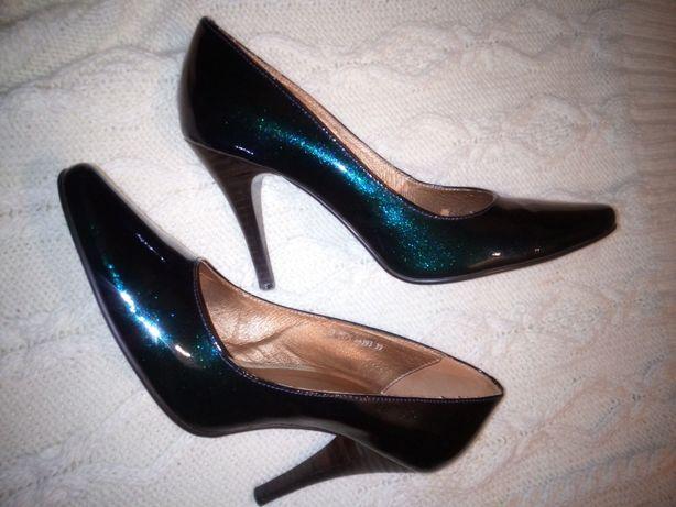 Туфли блестящие р.38